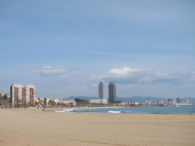 Playas de Sant Sebastià y la Barceloneta. Litoral de Barcelona