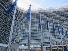 Bruselas abre la puerta a ayudas para productos lácteos como mantequilla y leche en polvo por veto ruso