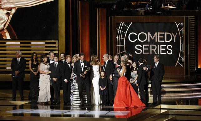 Executive producer Steven Levitan accepts the award for Outstanding Comedy Serie
