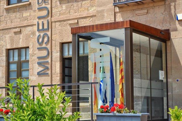 Fachada del Complejo museístico de Mequinenza