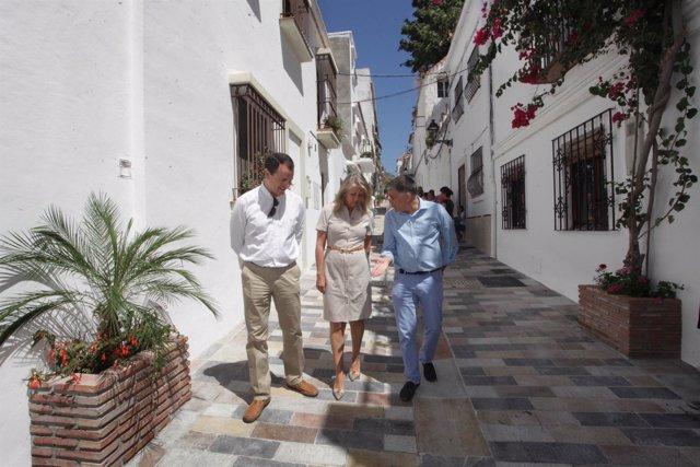 Angeles Muñoz, alcaldesa Marbella, obras, centro