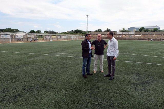 Tarazona mejora su campo de fútbol