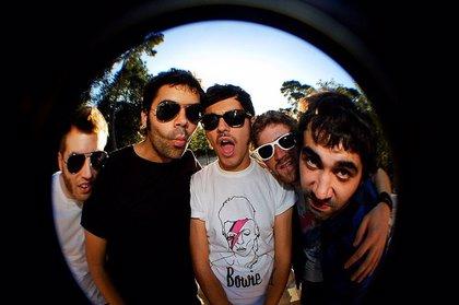 CANTABRIA.-La banda de pop rock Miss Caffeina ofrece esta noche un concierto en el Anfiteatro del Centro Botín