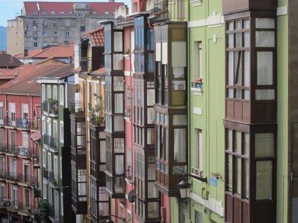 La firma de hipotecas sobre viviendas crece un 25,3% en junio en la Comunitat hasta las 1.951