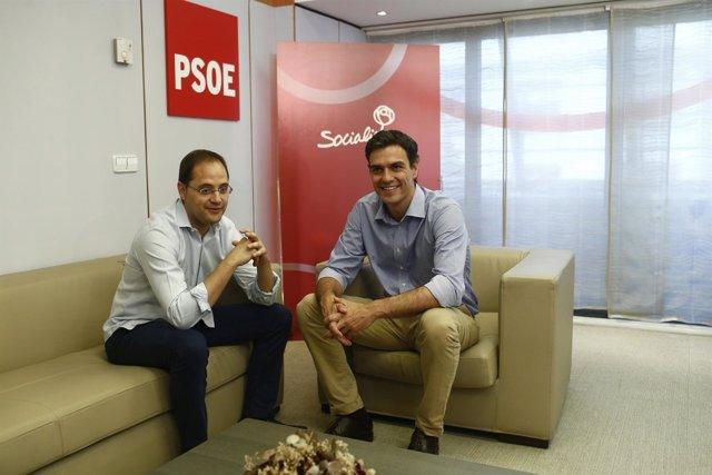 César Luena y Pedro Sánchez
