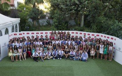 Un total de 100 estudiantes cursarán 1º de Bachillerato en Canadá gracias a la Fundación Amancio Ortega