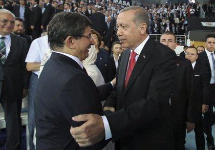 """Erdogan dice que su nuevo cargo """"es solo un cambio de nombre"""" y seguirá """"sirviendo"""" a Turquía del mismo modo"""