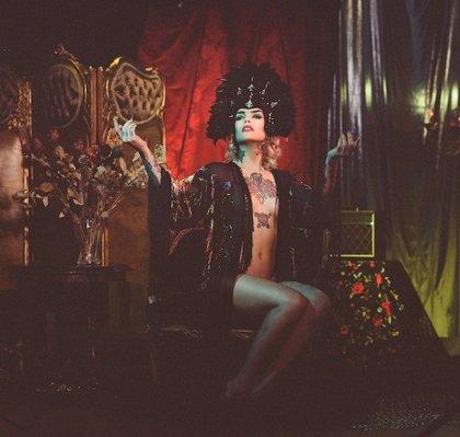 'Snake', canción de Vinila von Bismark, premiada en La Jolla Fashion Film Festival