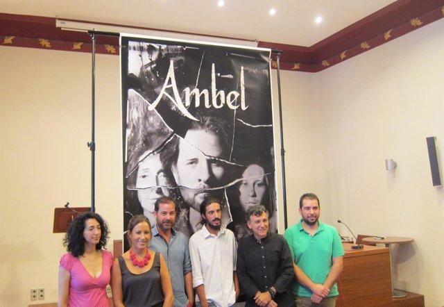 Protagonistas, director, guionista y autor cartel Ambel