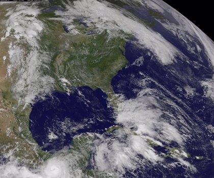 El huracán Cristóbal se fortalece y se desplaza hacia las Bermudas