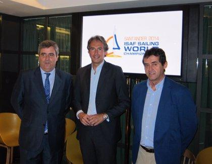 """Iñigo de la Serna: """"Todo está a punto para que el Mundial de Vela Santander 2014 sea el mejor de la historia"""""""