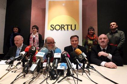 """Sortu reclama a Reino Unido que contribuya al """"proceso de paz"""" y no apoye a España con entregas como la de Fuentes"""