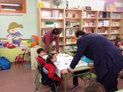 Ayuntamiento habilita una partida de 20.000 euros para becas de libros