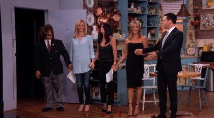 Jennifer Aniston, Courteney Cox y Lisa Kudrow reviven Friends junto a Jimmy Kimmel