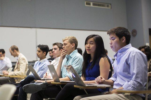 Universidad de Stanford en clase