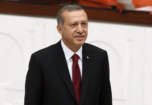 Recep Tayyip Erdogan toma posesión como presidente de Turquía