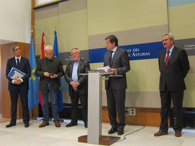 Jacobo Cosmen, Justo R. Braga, Antonio Pino, Javier Fernández y Graciano Torre