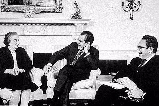 El presidente Richard Nixon y la primera ministra israelí, Golda Meir