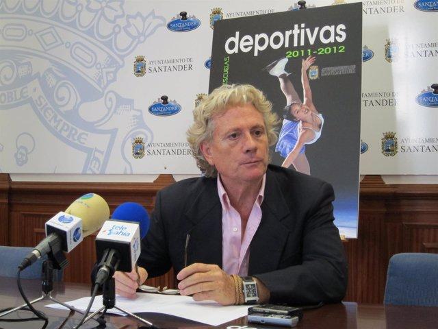 El Concejal De Deportes De Santander, Luis Morante