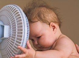 Bebé con calor