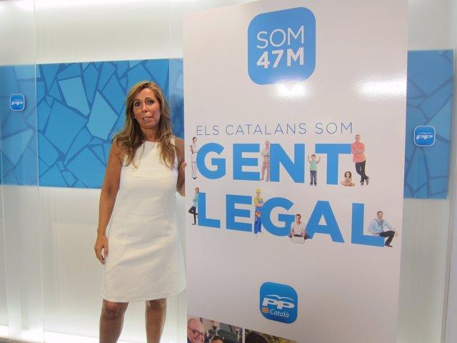 La presidenta del PP catalán Alicia Sánchez-Camacho presenta 'Gent Legal'