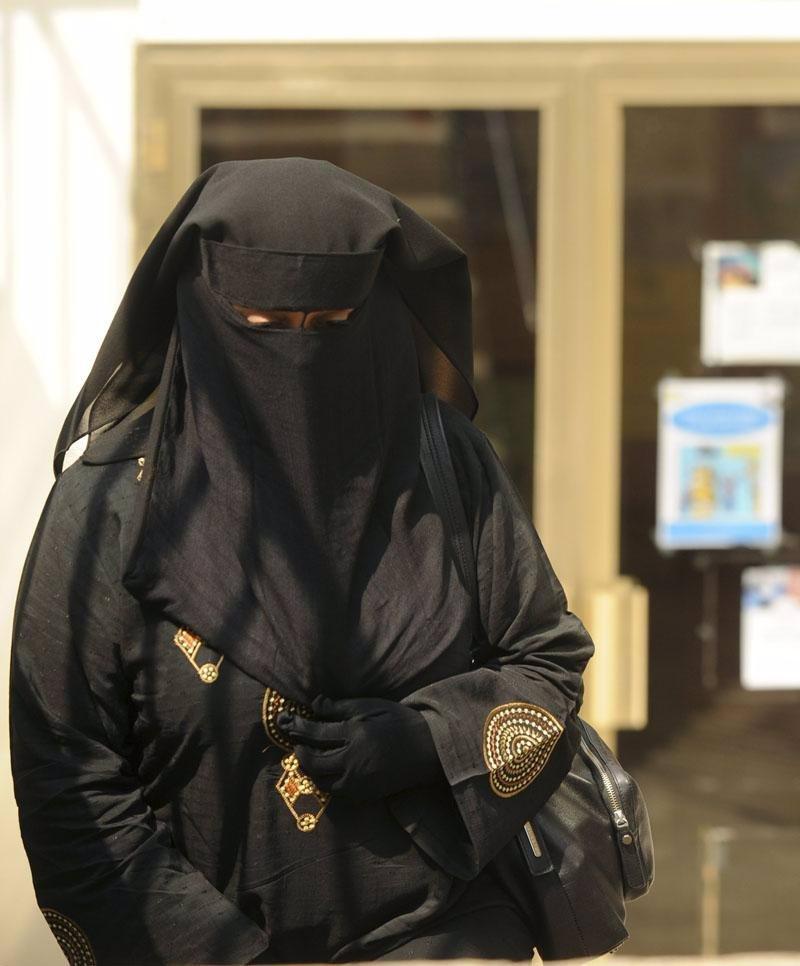 ¿Cómo legisla Europa el uso del burka?