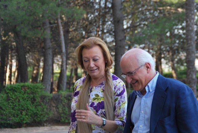 Rudi y Javier Zarzalejos a su llegada a la Escuela de Verano en Tarazona