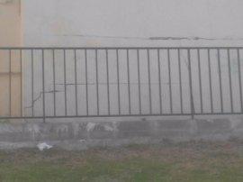 Vecinos advierten de grietas en los cimientos de un edificio ya rehabilitado en Huerta La Palma