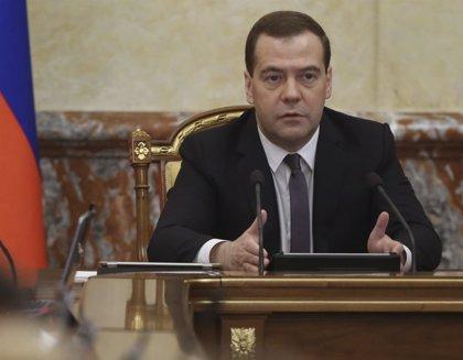 Medvedev advierte de que nuevas sanciones contra Rusia podrían amenazar la seguridad mundial