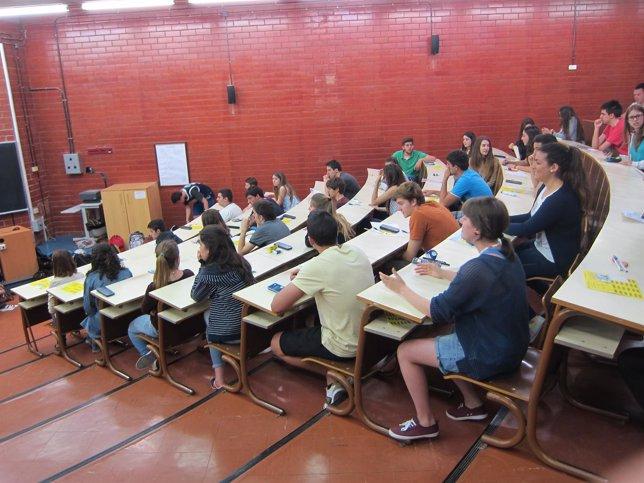 Estudiantes en la Selectividad 2014