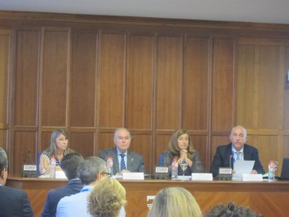 """CANTABRIA.-UIMP.- Sáenz de Buruaga destaca la """"mejora continua"""" en los servicios de Urgencias y Emergencias"""