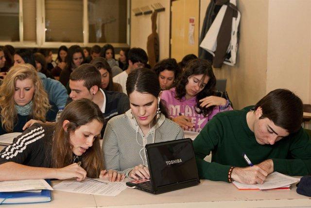 Alumnos Universitarios Ciegos ONCE