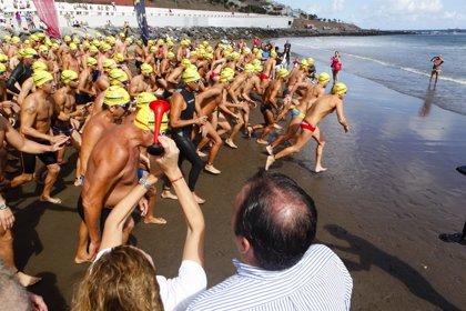 La Travesía a Nado La Laja-San Cristóbal (Gran Canaria) cuenta ya con 190 nadadores