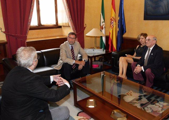 Gracia pide a los andaluces que apoyen la declaración de Itálica a Patrimonio