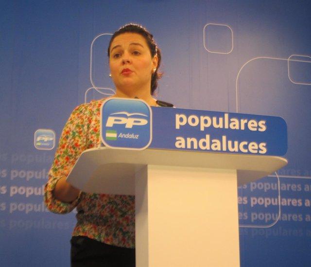 Virginia Pérez en rueda de prensa en el PP-A