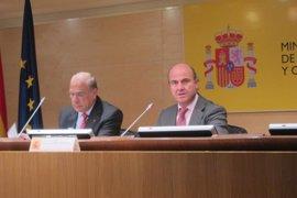 Guindos responde a la OCDE que España ha aprobado ya muchas medidas