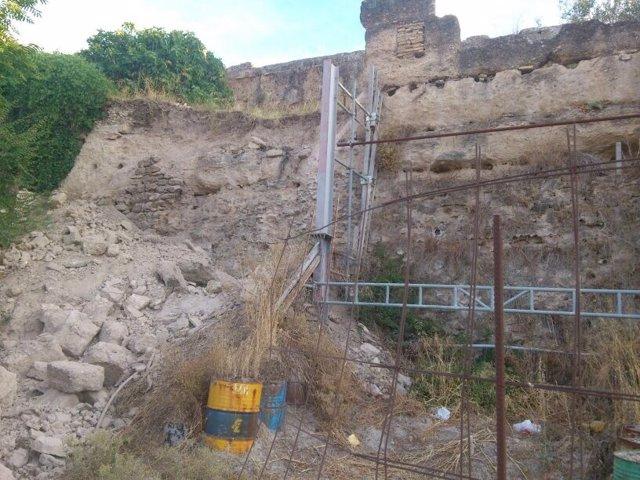 La muralla después del desplome.