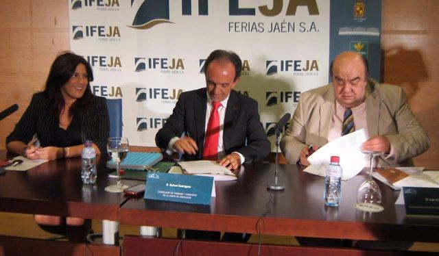 Ángeles Férriz, Rafael Rodríguez y Luis Carlos García