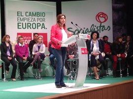 """Díaz asegura que """"ni hoy ni mañana"""" se plantea optar a las primarias del PSOE porque su compromiso es con Andalucía"""