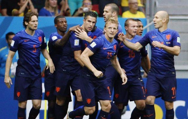 Holanda derrota a Brasil