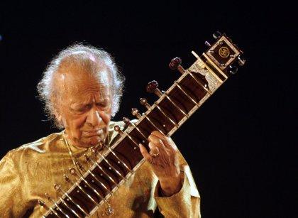 Valladolid acogerá la primera exposición mundial en recuerdo de Ravi Shankar con objetos del archivo privado del músico