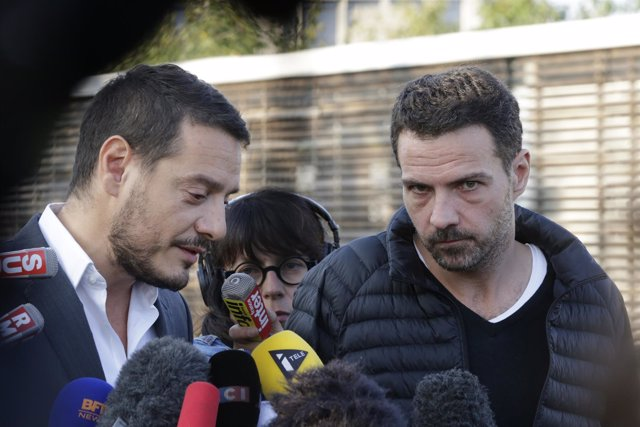 Former French trader Jerome Kerviel and his lawyer David Koubbi speak to the med