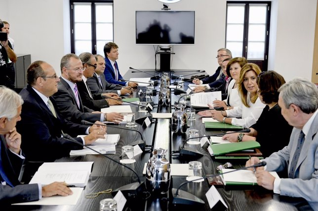 Susana Díaz, en una reunión con Tercer Sector