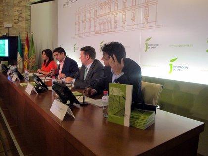 Diputación presenta una guía que ayudará a empresas jiennenses del sector de la madera a ser más competitivas