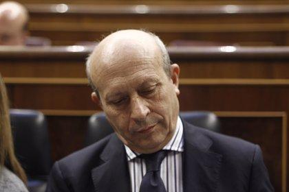 Wert estrena hoy 'curso' en el Congreso con cuatro preguntas del PSOE en la sesión de control