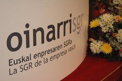 Oinarri SGR bonifica los costes financieros de los avales concedidos a las mujeres empresarias y emprendedoras