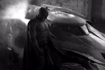 Así es el nuevo Batmóvil de Batman v Superman: Dawn of Justice