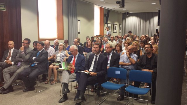 Presentación del Informe sobre la situación económica y social de Aragón en 2013