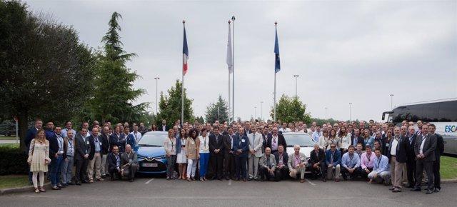 Visita de concesionarios españoles a la planta de Toyota en Francia