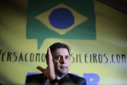 """Aécio Neves quiere """"reestatalizar"""" Petrobras para devolverla a los brasileños"""